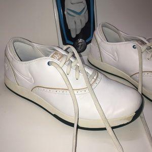 Nike size 8 Lunarlon white leather golf womens
